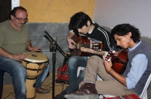 شباب يعزفون في ملتقى عناةالثقافي,ضحى العاشور,Duha Ashour الثق